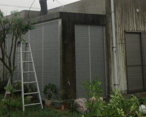 塩害を受けやすい沖縄の打ちっぱなしコンクリート