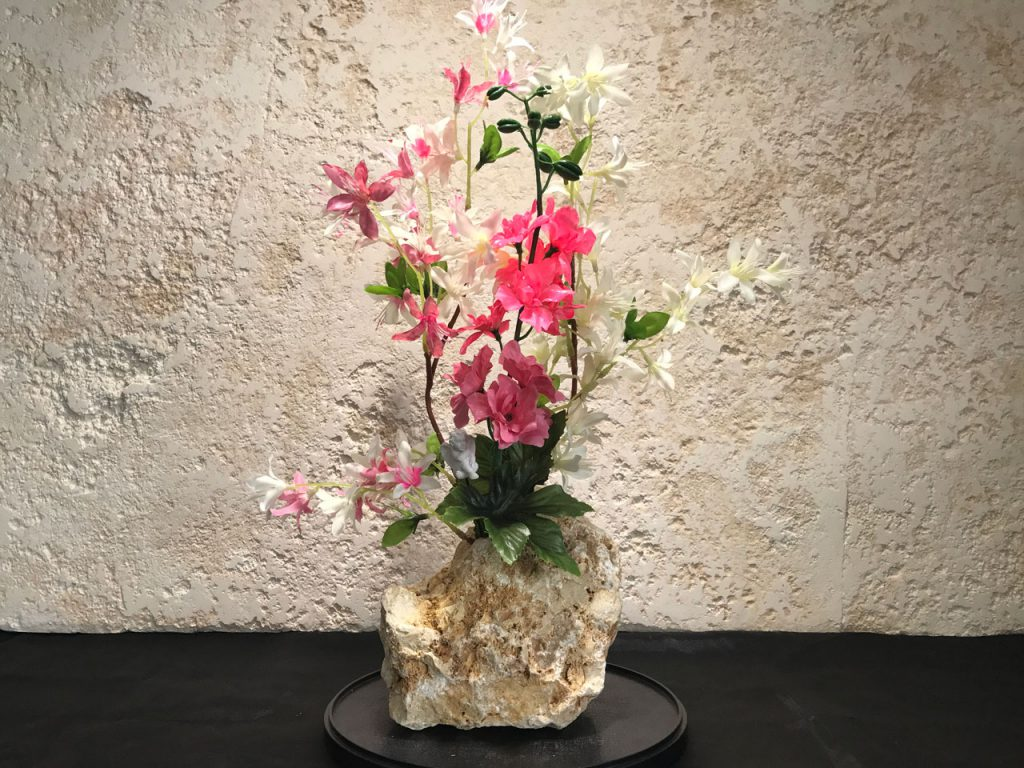 琉球石灰岩アレンジメント洋蘭花 白桃バージョン